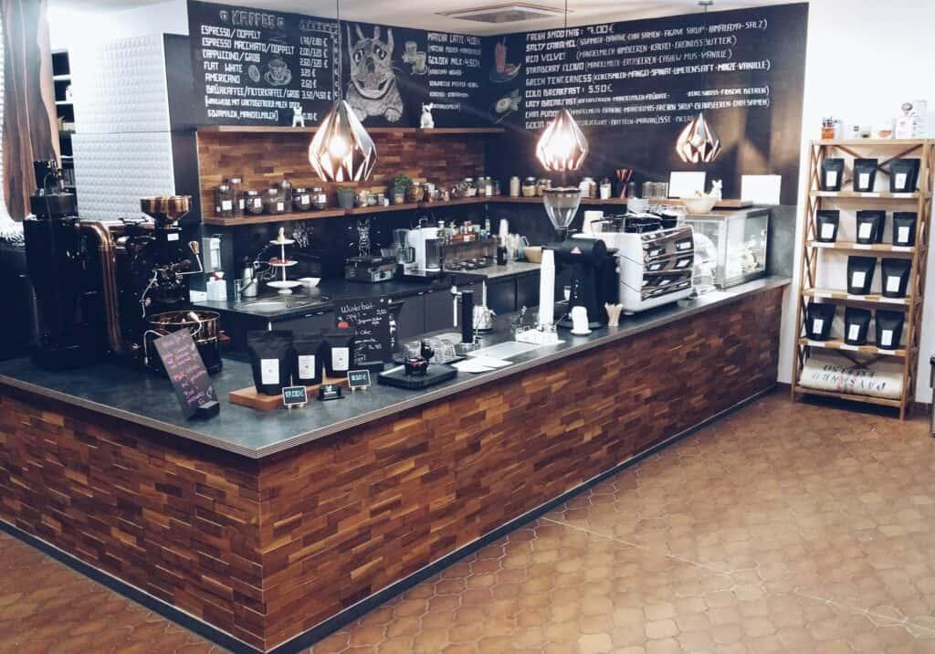 Die White Bulldog Kaffeerösterei in Nürnberg.